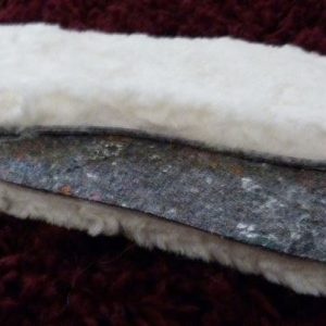 Sheepskin Insoles with slip-resistant backing